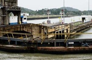 """""""Pelican"""" - Pedro Miguel lock, Panama Canal"""